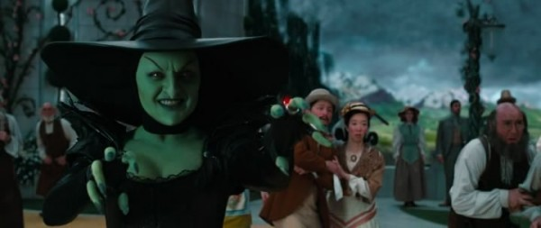 prodvizhenie zla disneem 12 Evil promoted by Disney