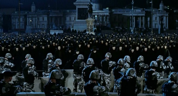 v znachit vendetta 2005 glamurnyiy terror kotoryiy vedyot v nikuda 2 The movie V for Vendetta (2005): A glamorous terror, which leads to nowhere