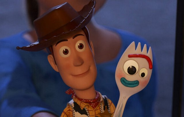 "11 ""Toy Story 4 : Build your happiness at the cost of someone else's"